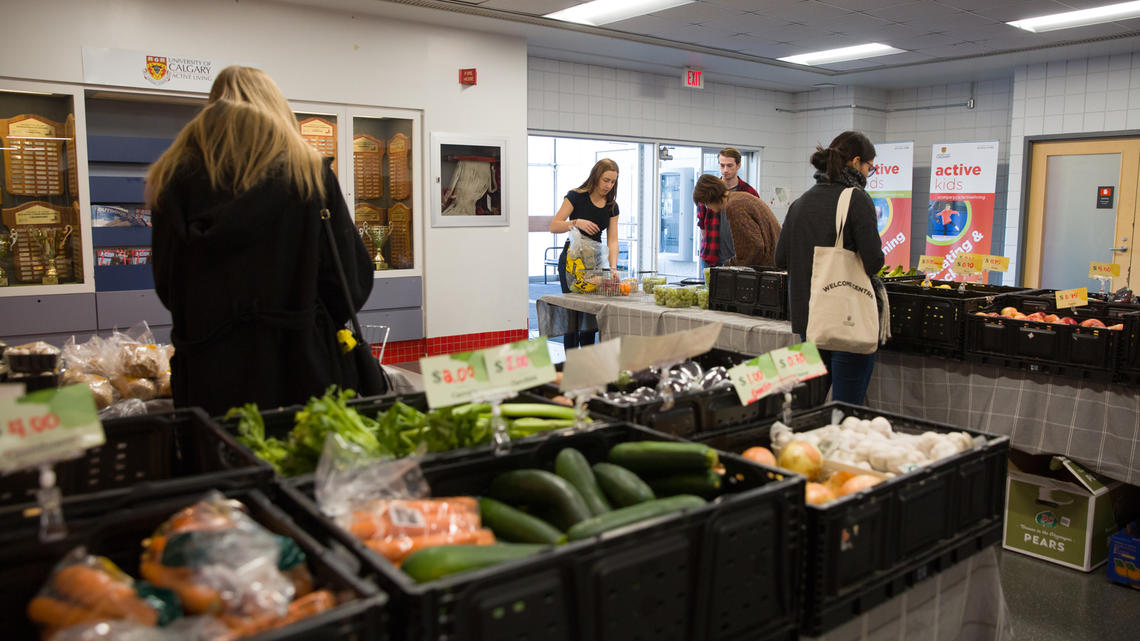 Fresh Routes pop-up market